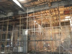 安微泗县同辉广场托梁拔柱预应力加固项目绳锯拆除柱子