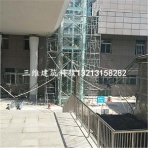 钢结构电梯井道玻璃安装完工图
